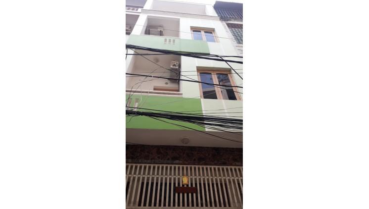 Nhà đẹp ở ngay, đường Trần Đăng Ninh, Quận Cầu Giấy.