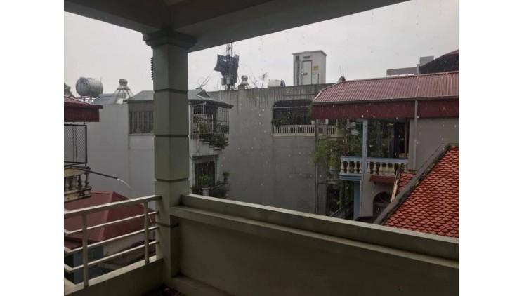 Định cư Mỹ nên bán nhanh nhà Đội Cấn, Ba Đình, Ô tô, 85m x 4T, nhà đẹp, 9.2 tỷ.